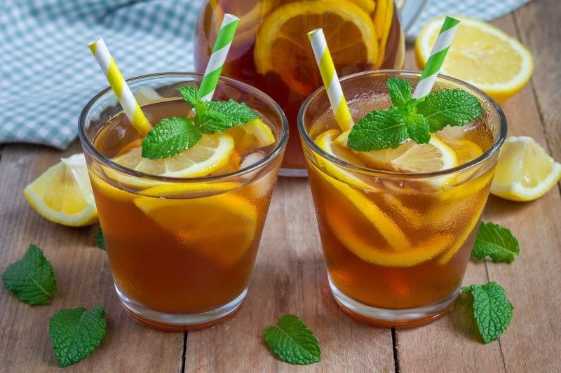 Iced lemon tea with straws