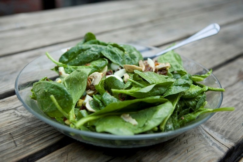 green salad in glass bowl